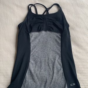 Champion work out tank with built in bra size XS